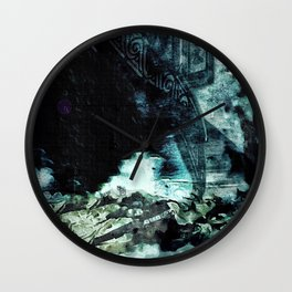 Shoved: Victoria - The Dweller in the Dark Wall Clock
