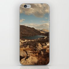 Wind River Mountains and Alpine Lake  iPhone & iPod Skin