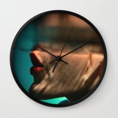Somn Kiss Wall Clock