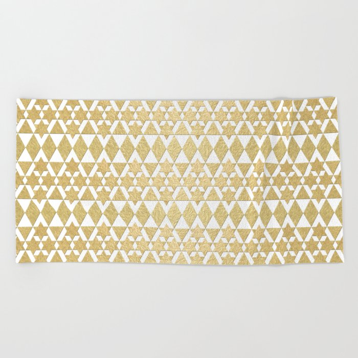 White and Gold Geometric Pattern 4 Beach Towel