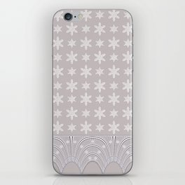 Lacy Mocha Pattern with Creamy Chenille Stars iPhone Skin