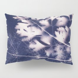 Silhouette of Parsley and Fennel Pillow Sham