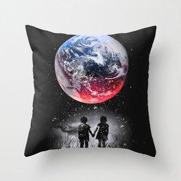 eart red blue dream Throw Pillow