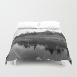 REFLECTING PEACE Duvet Cover