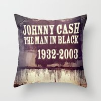 johnny cash Throw Pillows featuring Johnny Cash by Dan99