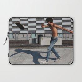 Skate boarding guy Laptop Sleeve