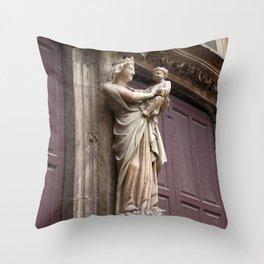 Virgin statue Marie Throw Pillow