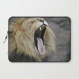 lion yawn Laptop Sleeve