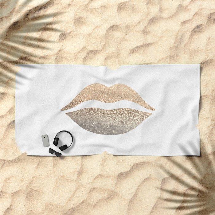 GOLD LIPS Beach Towel