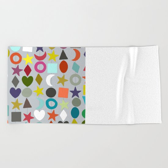 geo garland silver Beach Towel