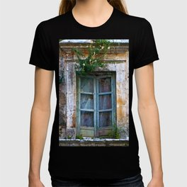 Abandoned Sicilian House in Noto T-shirt