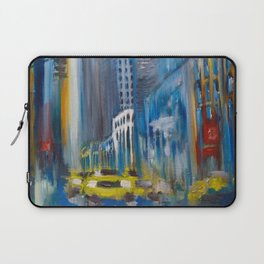 Rain in the city Laptop Sleeve