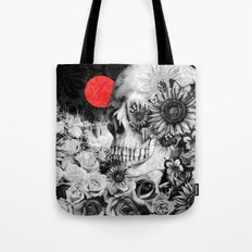 Fire in the dark, nature skull Tote Bag
