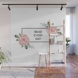 Read Every Day Wall Mural