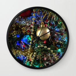 Christmas Tree Garlands And Ornaments Wall Clock