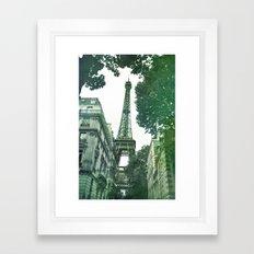 Emblème Framed Art Print