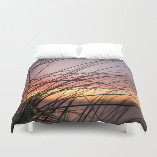 Grasses in the rainbow light of sunset Duvet Cover