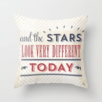 david bowie Throw Pillows featuring David Bowie by Sarah Van Neyghem