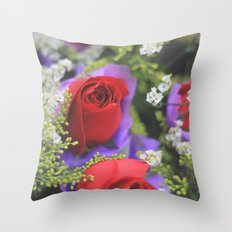 Xin Hua beauty Throw Pillow