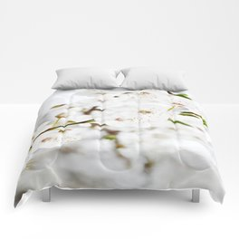 White blooming Comforters