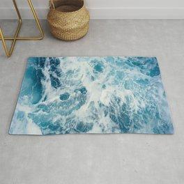 Blue Ocean Waves Crashing  Rug
