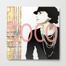 VINTAGE COCO: GOLD AND PINK Metal Print