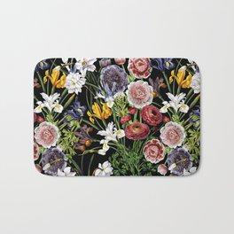 Vintage & Shabby Chic - Lush baroque flower pattern Bath Mat