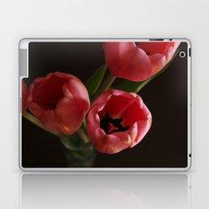 Table Tulips  Laptop & iPad Skin