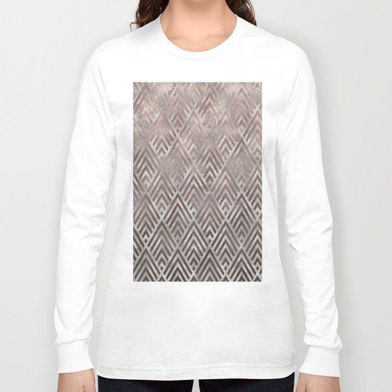 Rosegold foil triangles on grey grunge background Long Sleeve T-shirt