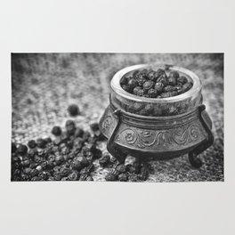Black Pepper Rug