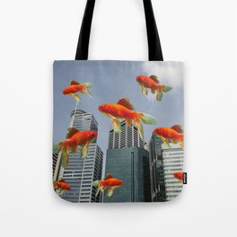 Singapur Skyline with Goldfishes Tote Bag