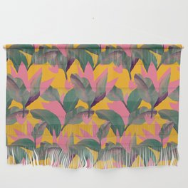 Retro Luxe Lilies Pattern Wall Hanging