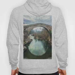 The hump-backed Roman Bridge Hoody