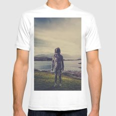 An Element of Realism MEDIUM White Mens Fitted Tee