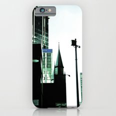 Walking through the city. iPhone 6s Slim Case