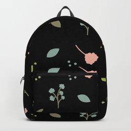 Hojas y flores rosas, celestes y verdes. Backpack