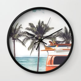 Red surf van Wall Clock