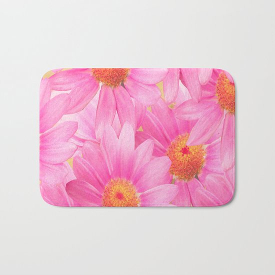 Bunch of pink daisy flowers - a fresh summer feel in pink color Bath Mat