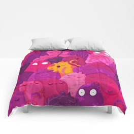 Life in pink Comforters