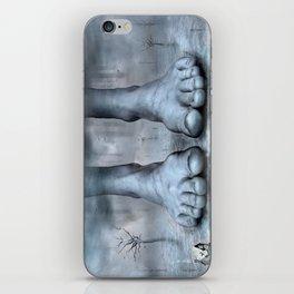 free room ? iPhone Skin