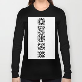 t o t e m p f a h l Long Sleeve T-shirt