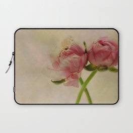 Falling in Love with rose flowers Laptop Sleeve