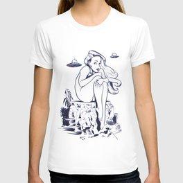 Visitors. T-shirt