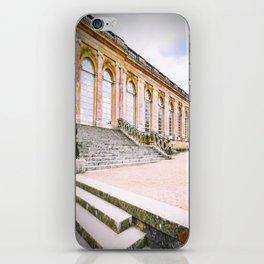 Le Palais de Marie Antoinette iPhone Skin