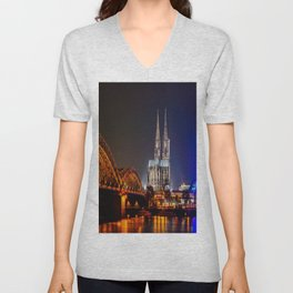 Cologne Cathedral at night Unisex V-Neck