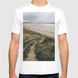 A day at the beach - Landscape and Nature Photography T-shirt