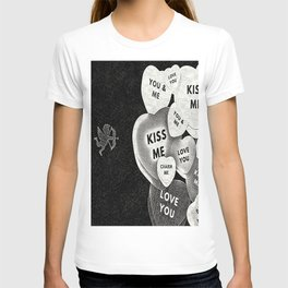 Cupid in search mode-Sketch T-shirt