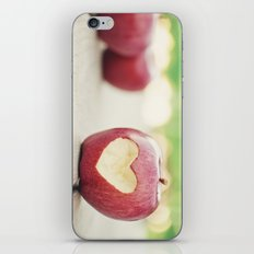 Love apple iPhone & iPod Skin