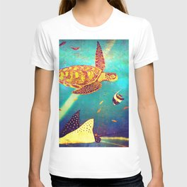 Beautiful Sea Turtles Under The Ocean Painting T-shirt