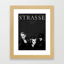 STRASSE IN CONCERT Framed Art Print